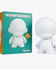 vinyl-munny-world-mega-munny-18-2